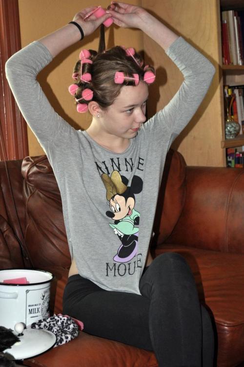 Gigi-rolling-her-hair